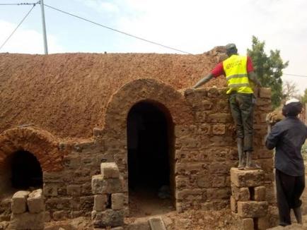 Construction du poulailler en voute nubienne